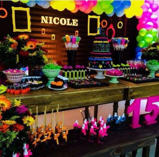 15 years neon party
