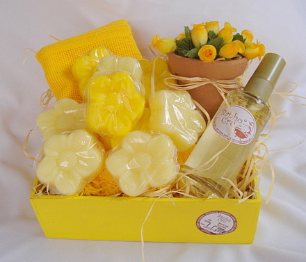 gifts for mother-in-law soap kit