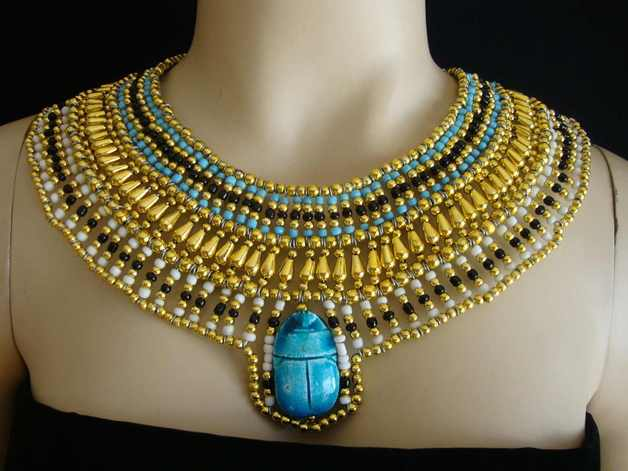 maxi necklaces to wear in Cleopatra's costumes