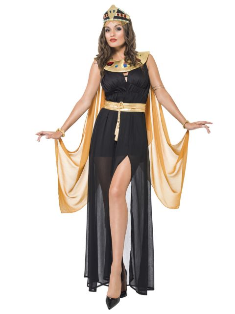 Cleopatra's costumes step by step