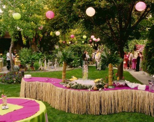 Hawaiian party tree decoration