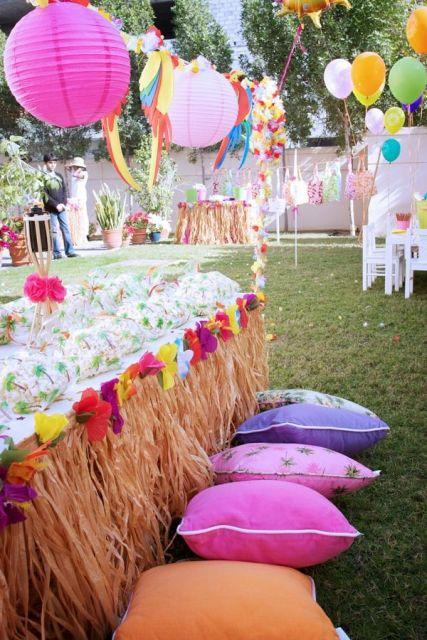 Hawaiian outdoor party