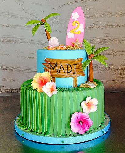 Hawaii cake decoration