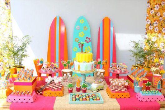 colorful Hawaiian party decoration