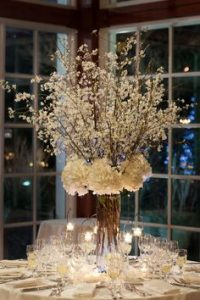 wedding table centerpieces with flowers