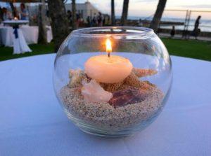 table center for aquarium wedding