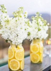 table center for simple and easy wedding