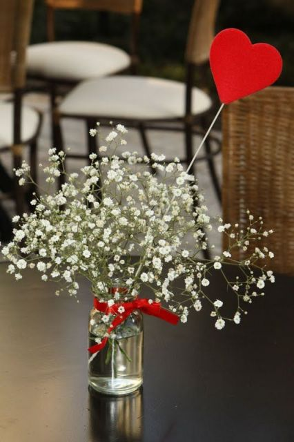 simple table ornament