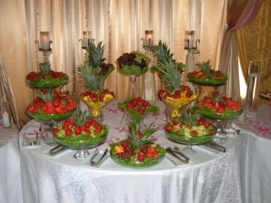 fruit table for wedding