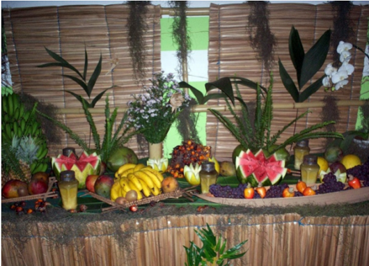 fruit table hawaii party