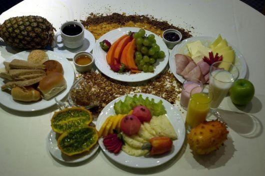 fruit table for breakfast ideas