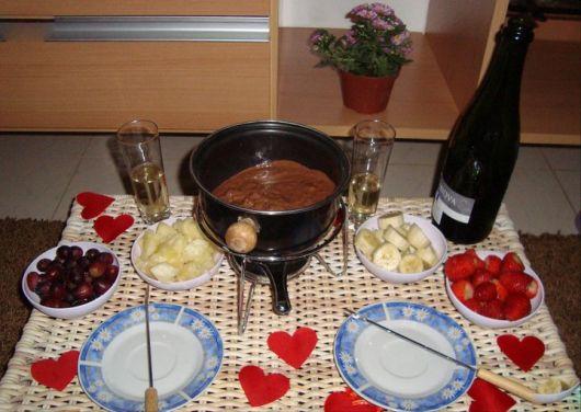fruit table for dinner ideas