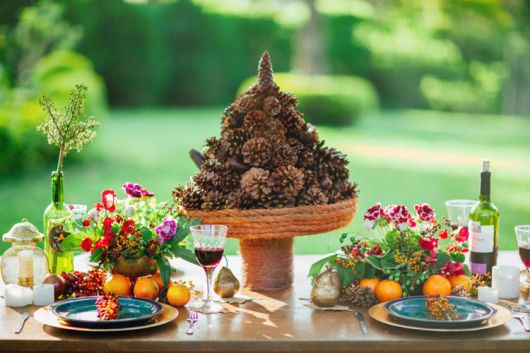 rustic christmas fruit table
